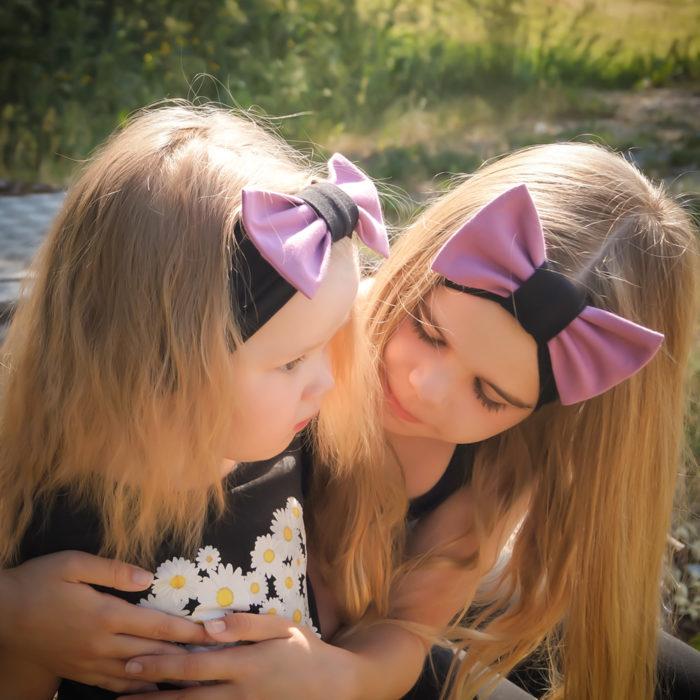 Huom! Kuvassa tytöillä musta/roosa.